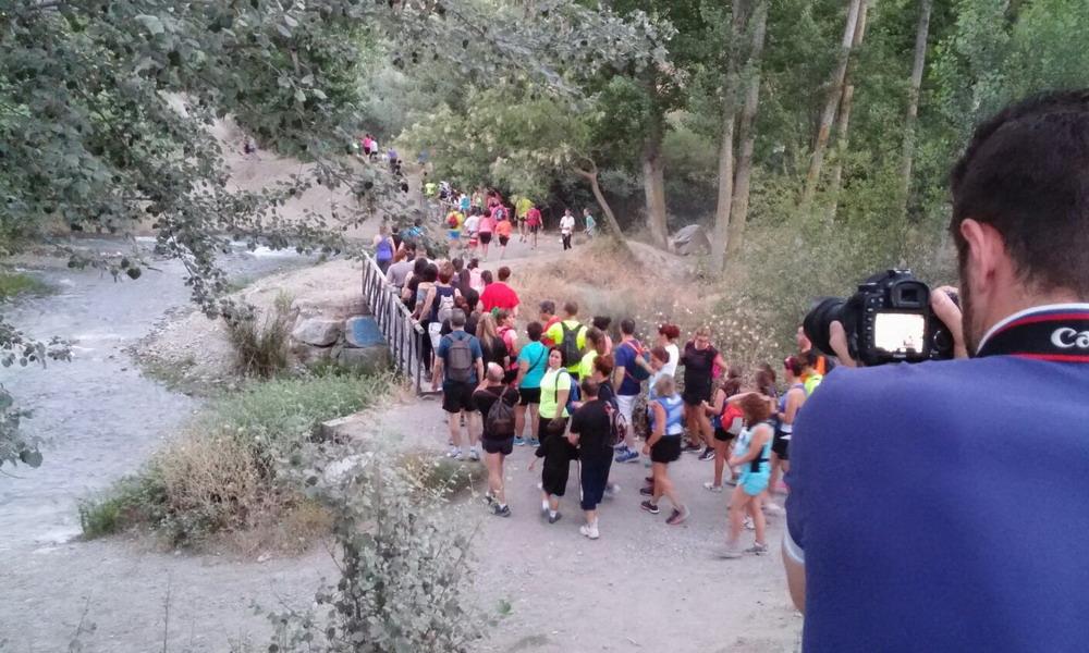 Iniciando el camino a través de la puerta de Sierra Nevada